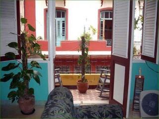 Apartamento frank en la habana vieja apartamento for Alquiler de casas en aeropuerto viejo sevilla